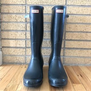 Men's Navy Hunter Boots Size 12